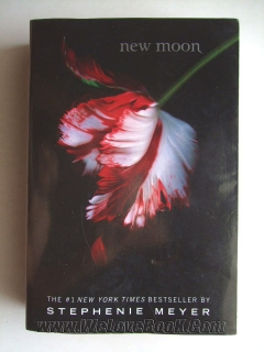 new moon (Text Book)