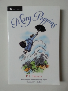 Mary-Poppins-4-เล่ม-ตอน-Mary-Poppines-Comes-back-In-the-park-Opens-the-door